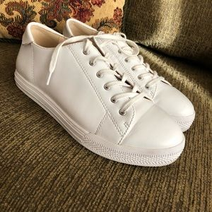 Nine West white sneakers size 8.5